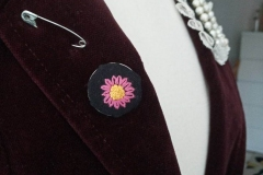 Hand-embroidered-pink-flower-brooch