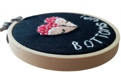 Hand-embroidered-bottons-up-hoop-3-inches