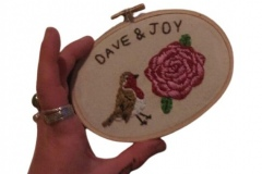 Hand-embroidered-hoop-robin-and-rose.