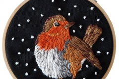 Hand-embroidered-robin-hoop-5-inches.