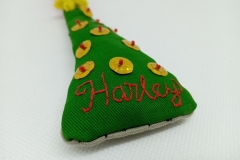 Hand-embroidered-Chritmas-tree-hanger-details.
